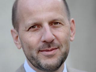 Dr. Daniel Kosch